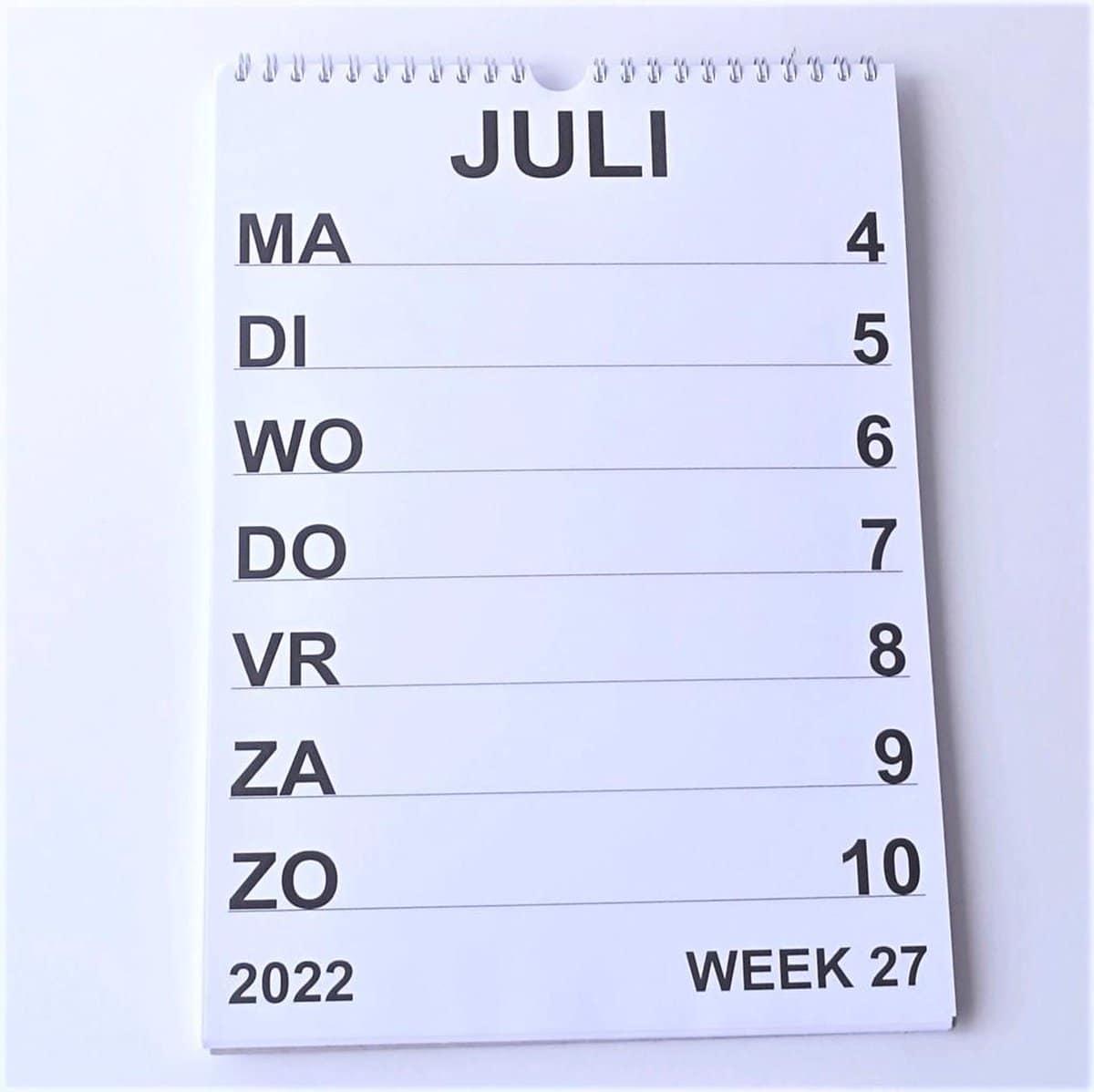 weekkalender met grote letters voor senioren