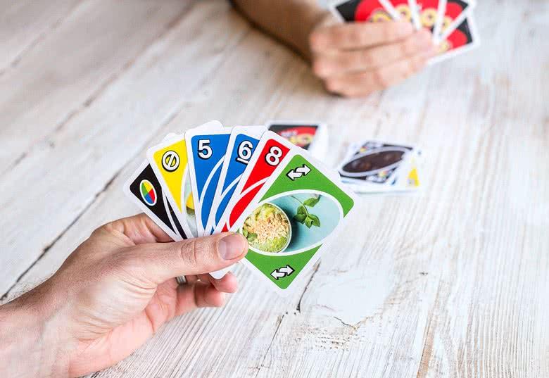 Kaartenspel Uno met eigen foto's - cadeau voor opa en oma