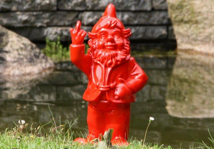 cadeau voor Oma's tuin - hilarische tuinkabouter