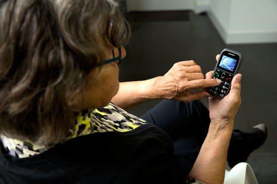 GSM voor senioren - cadeau voor oma 90 jaar