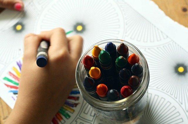corona - maak een tekening voor opa oma