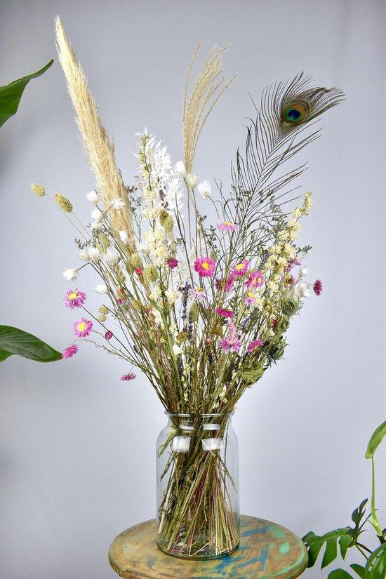 gedroogde bloemen in boeket